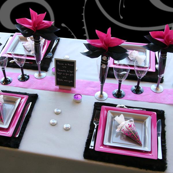 Decoration De Table Moderne Pour Noel Traditionnel Decorations Fetes
