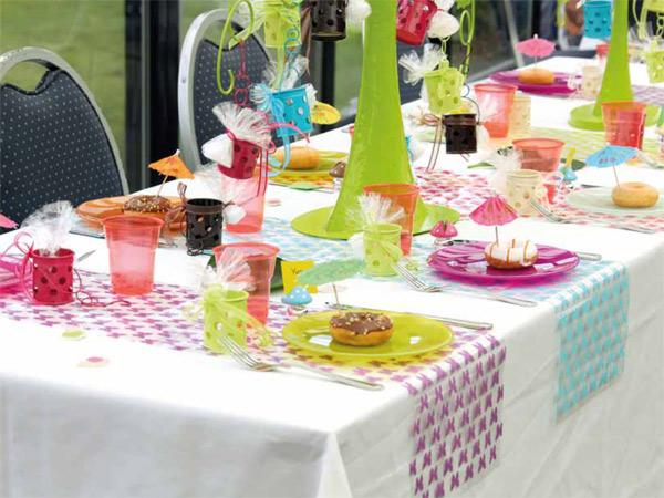 C Est Le Printemps Vive La Decoration De Table Decorations Fetes