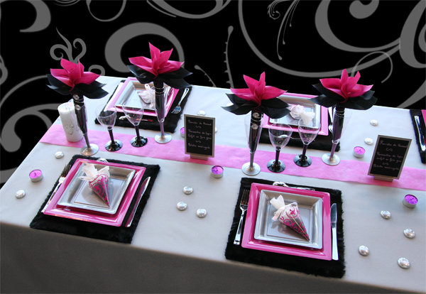 Decoration table de noel fuchsia