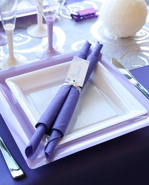 d coration de table no l violet blanc parme d corations f tes. Black Bedroom Furniture Sets. Home Design Ideas