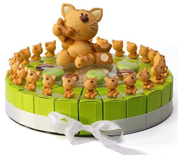 Gâteau à dragées 24 parts, thème chatons