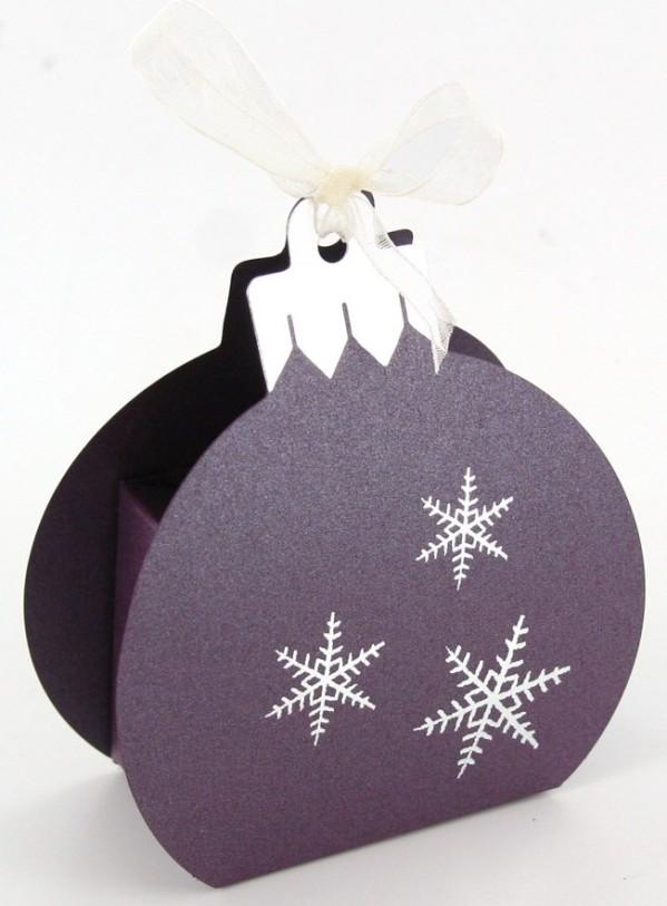 Contenants à chocolat, boule de Noël
