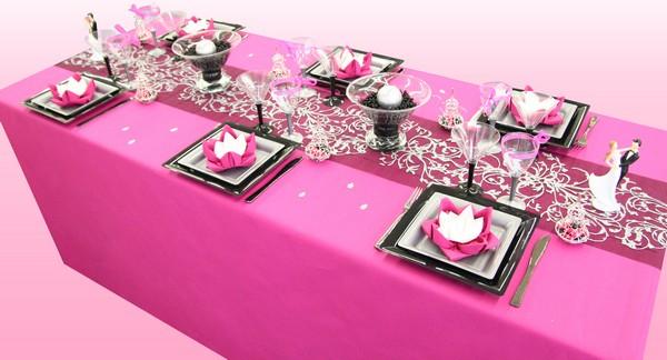 Decoration De Table Orientale Framboise Et Noir Decorations Fetes