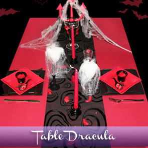 Décoration de table Halloween : rouge et noire