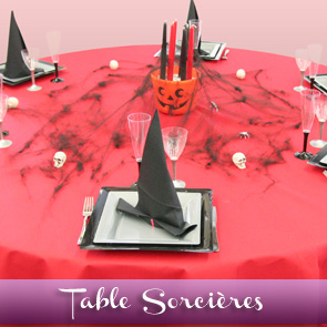 Décoration de table Halloween, sorcières et têtes de mort