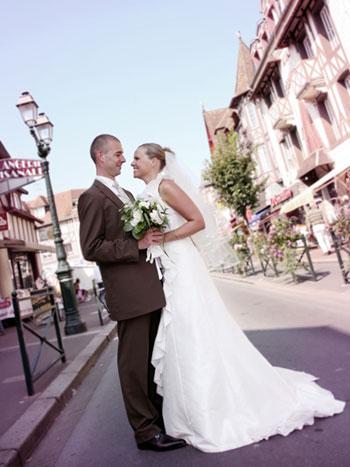 Pourquoi, lors d'un mariage...?
