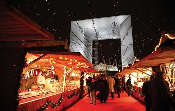 Le marché de Noël de La Défense, à Paris