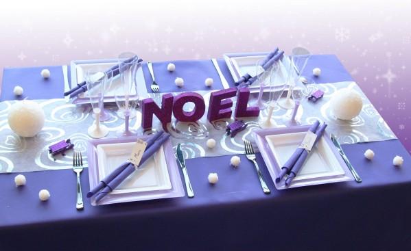 Décoration De Table Noël Violet Blanc Parme Décorations Fêtes