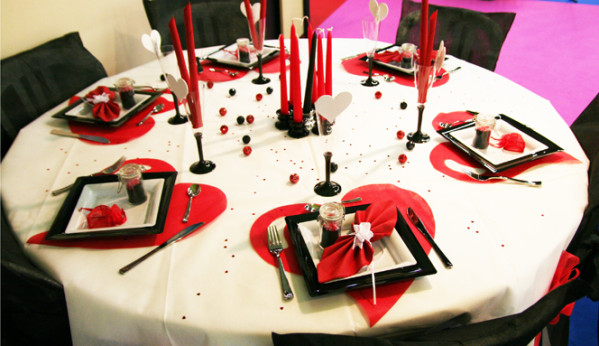 top free dcoration de table blanc rouge noir with decoration de table rouge et blanc with decoration salon rouge noir blanc - Decoration Salon Rouge Noir Blanc